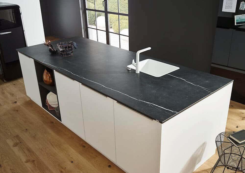 lechner arbeitsplatten m bel spanrad. Black Bedroom Furniture Sets. Home Design Ideas