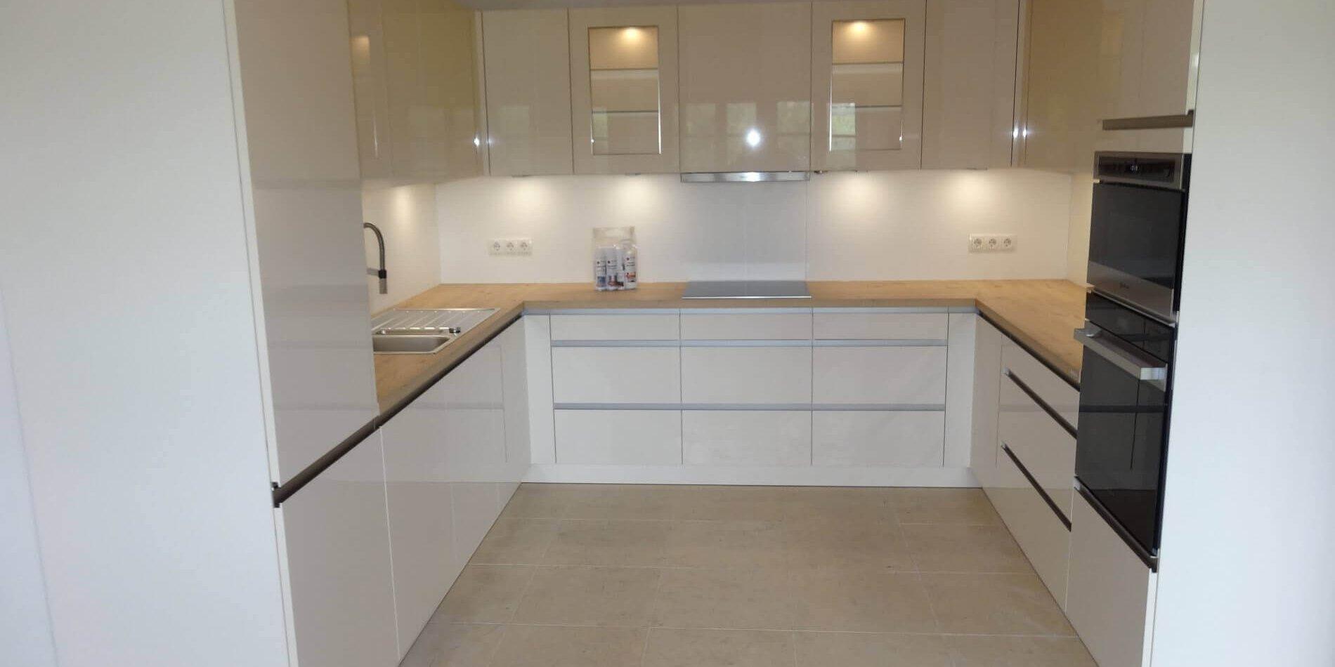 Nolte Küchen - Modell Lux Magnolia Hochglanz | Möbel Spanrad